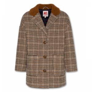 luit tweed jacket logo